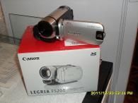 Продаю новую видеокамеру